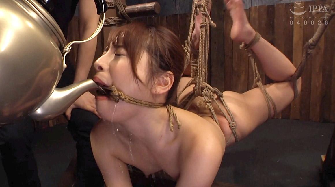 鬼畜SM 厳しい姿勢に縛られて水責め調教される女のSM調教画像 花咲いあん-SMJP