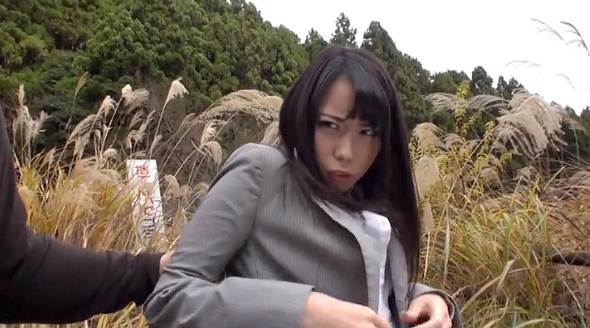 SM調教 野外露出を強要される女のAVエロ画像 川菜美鈴 -SMJP