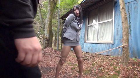 野外緊縛されて、自由を奪われ晒される女のAVエロ画像 川菜美鈴-SMJP
