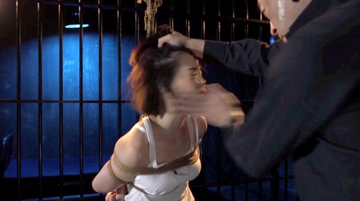 SM調教 緊縛されて手加減なしの往復ビンタをされる女の画像 七海ゆあ -SMJP
