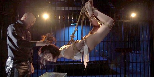 SM拷問調教 苦痛の逆海老吊りに緊縛されて水責めされるM女の画像 七海ゆあ -SMJP