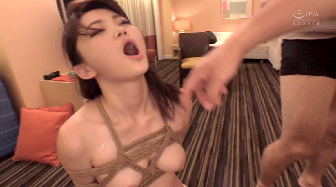 脇汗を垂らして緊縛されてSM調教されるM女のエロ画像 妃月るい-SMJP