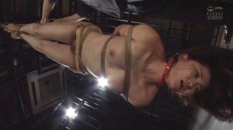 SM調教 逆さ吊りにされる女の画像 妃月るい-SMJP