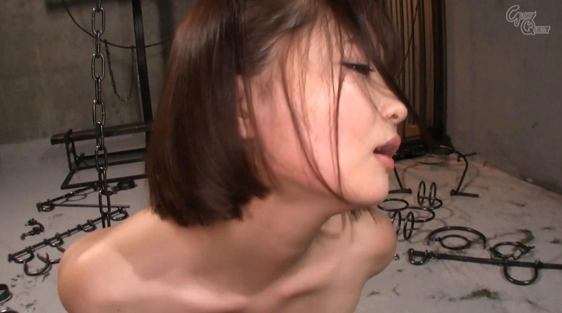 全裸で拘束されて強烈ガチビンタされる女のエロ画像 妃月るい-SMJP hidukirui113