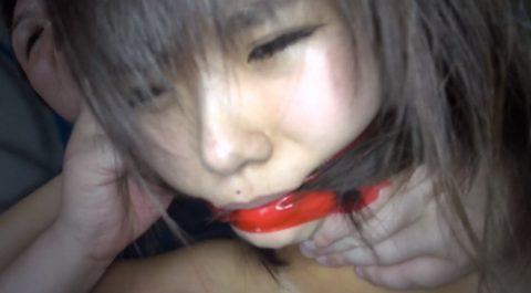 口枷画像。口にボンデージテープを巻かれる女のエロ画像 加賀美シュナ/SMJP