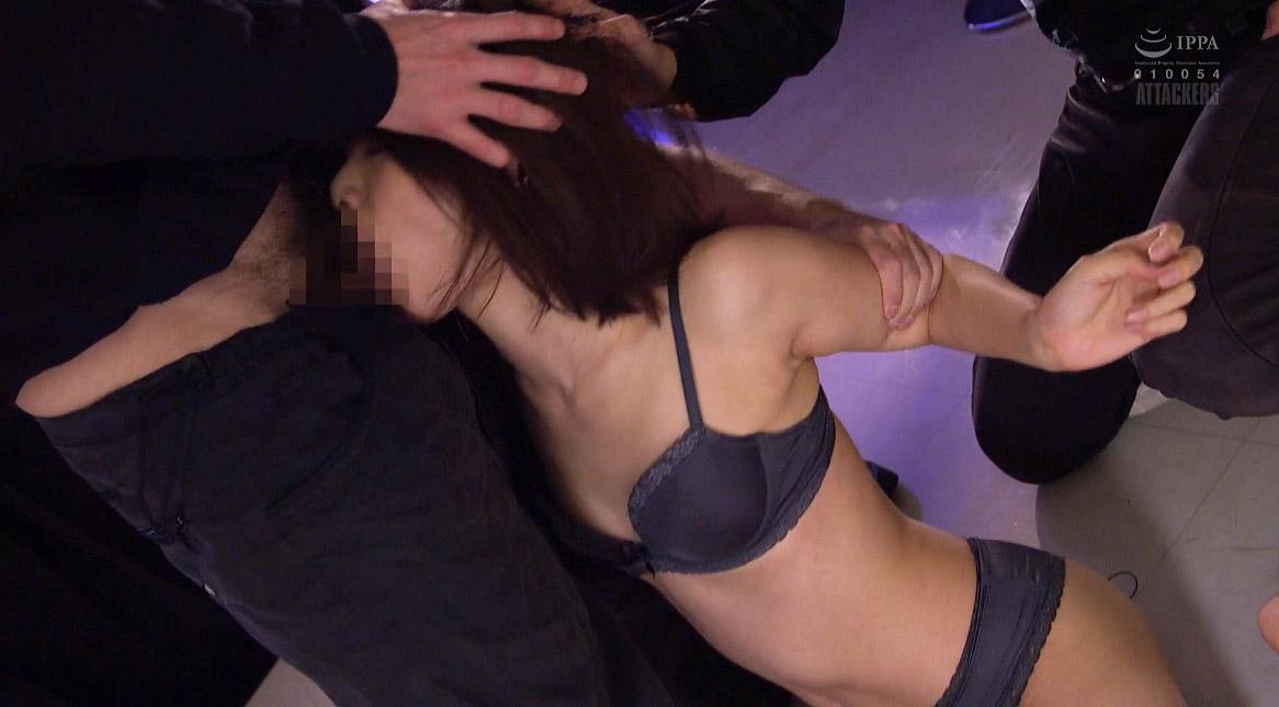 フェラチオ強要される女、抵抗できずにフェラチオをさせられる女 川上奈々美/SMJP