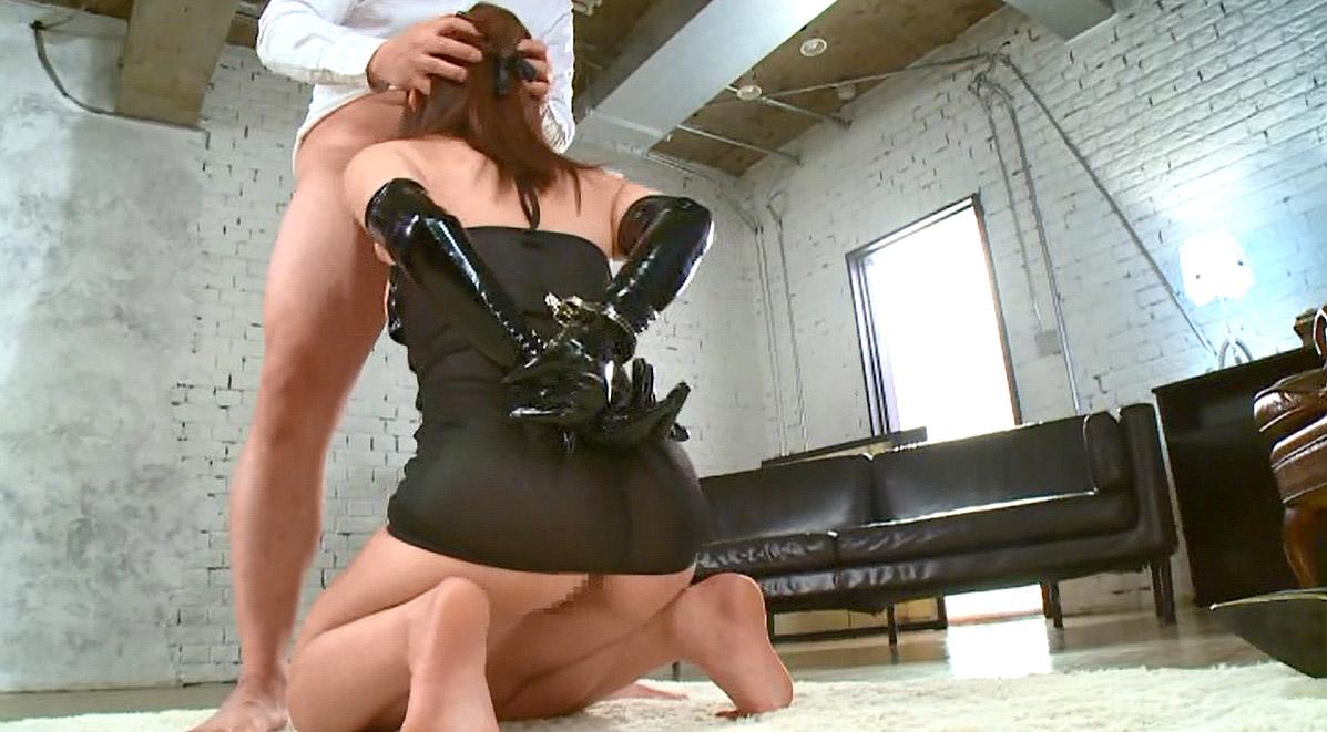 後ろ手拘束されて仁王立ちフェラを強要される女の画像 小西悠~変態マゾヒストボンテージ /SMJP