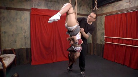 逆さ吊りでSM調教される女 美咲結衣/SMJP