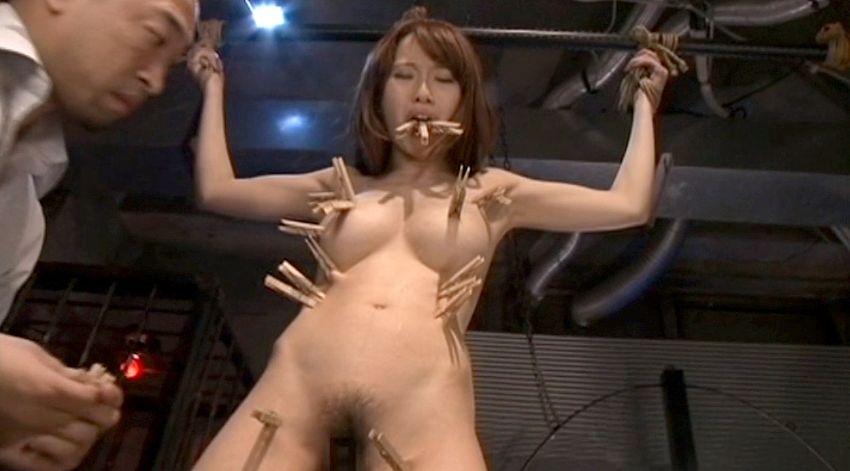 SM調教で全身を洗濯ばさみで責められる女 美咲結衣/SMJP