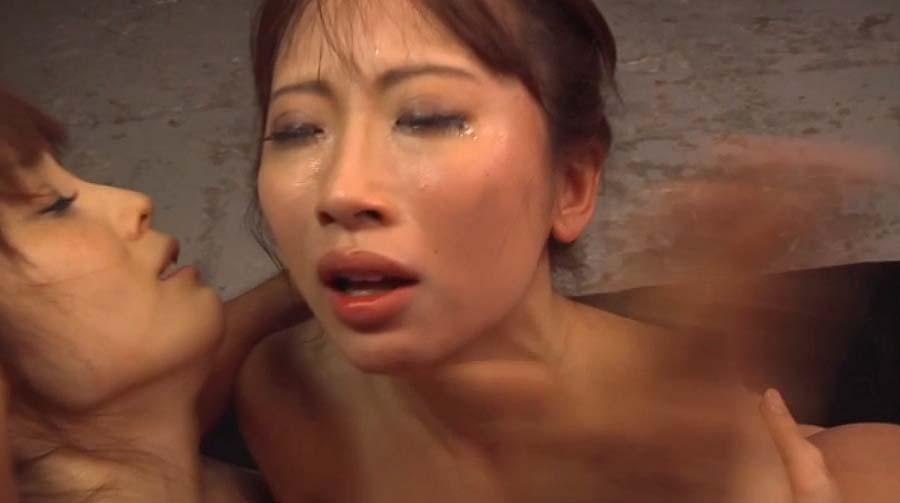 ビンタエロ画像往復ビンタを連発されて涙を流す女の泣き顔画像 美咲結衣/SMJP