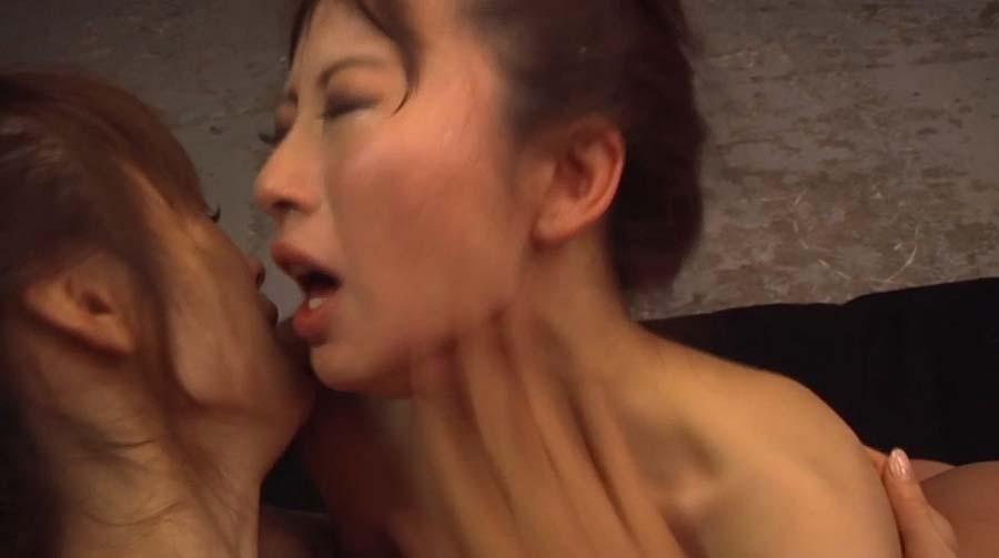マジビンタ画像頬が真っ赤になるまでビンタされる女の画像 美咲結衣/SMJP