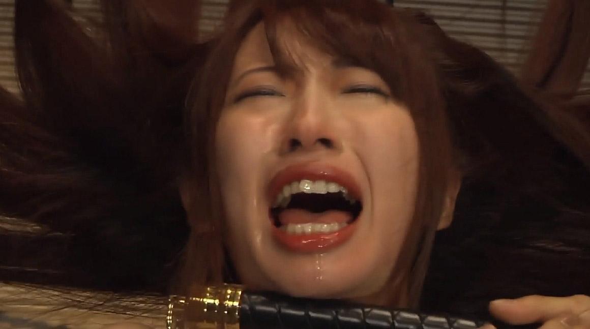 一本鞭調教画像、容赦ない一本鞭連打に号泣するM女の画像 美咲結衣/SMJP