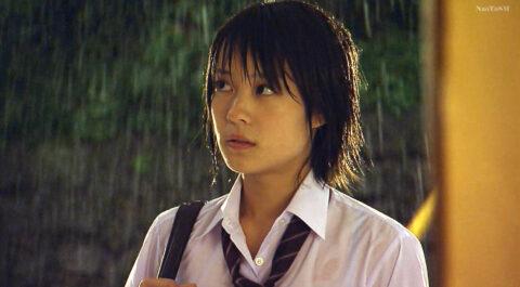 TVドラマ 映画のエロシーン画像、北乃きい 有名女優の 透けブラ TVドラマライフ エロシーン